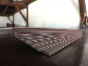 cartes de visite épaisses et bords colorés